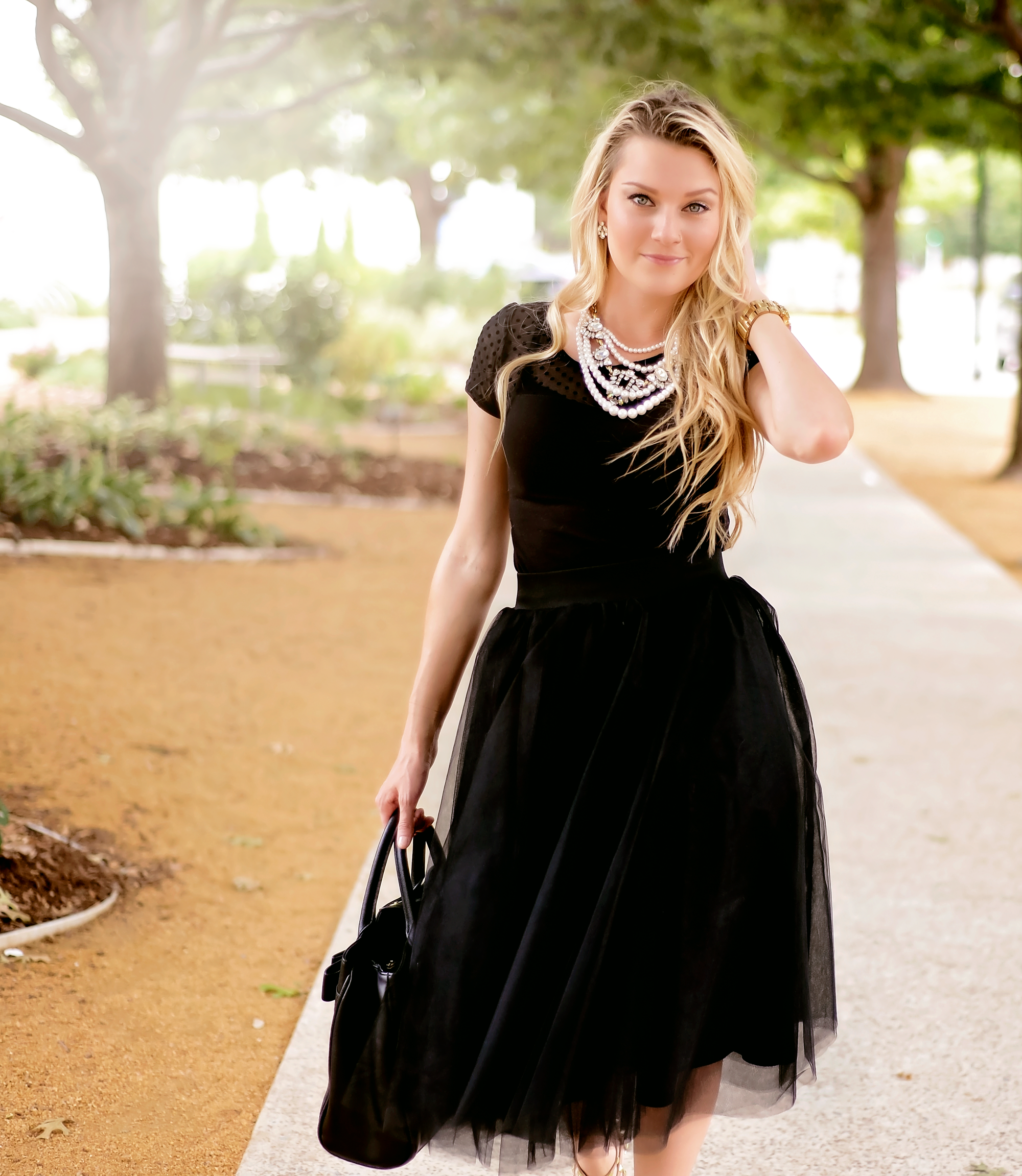 Glam & Chic Audrey inspired #OOTD The Chic Blonde