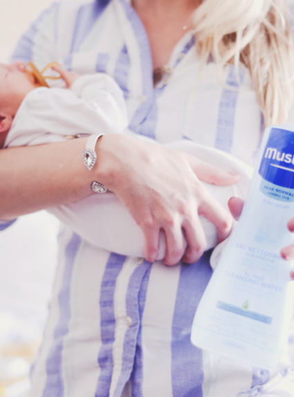 so fresh and so clean with mustela