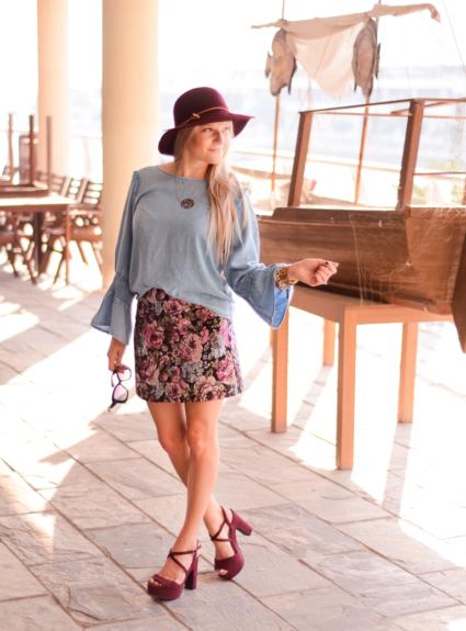 jacquard mini skirt for fall